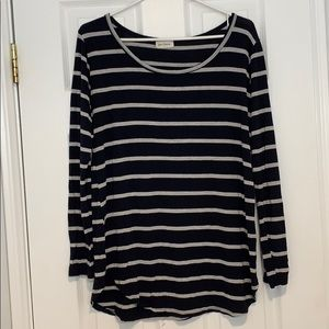 Navy blue and grey striped long sleeve shirt!